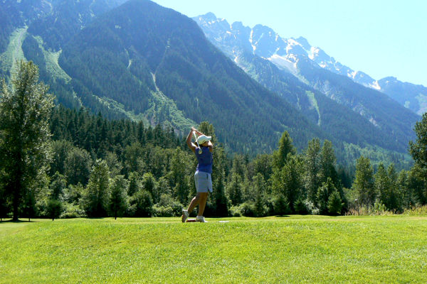 Meadows at Pemberton Golf Packages 2015