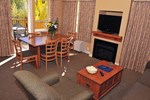 2 Bedroom Dining Area