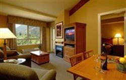 pemberton valley lodge one bedroom suite